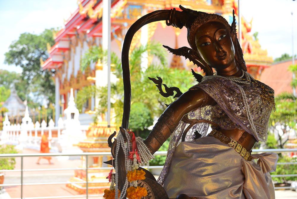Statue of Mae Thoranee in a temple Credit Pic: Vassamon Anansukkasem/Shutterstock.com